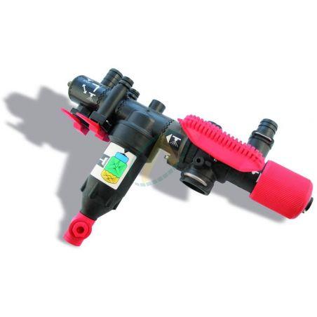 Régulateur pour valves séparées avec dispositif de pression égale