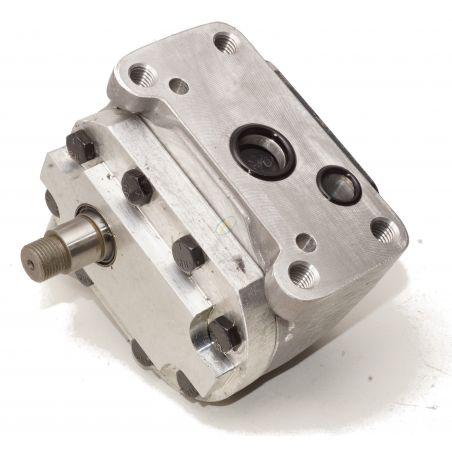 US 756 - 830 Pompe CASE IH
